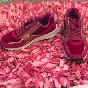 Brooks pink & gold cross trainers